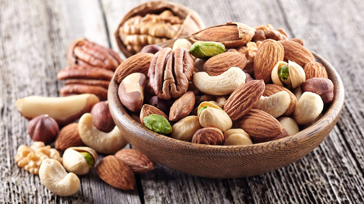 5 interesting facts about the benefits of nuts to increase energy and efficiency