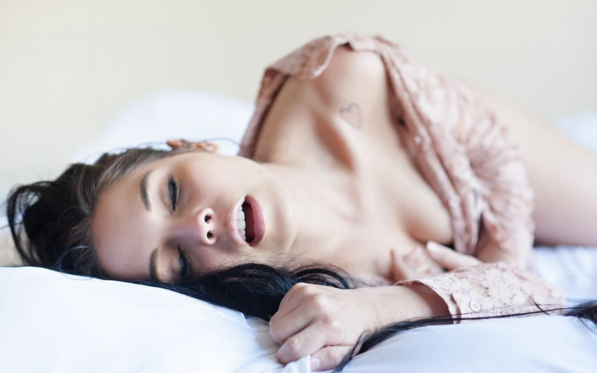 5 reasons why you sleep with your mouth open