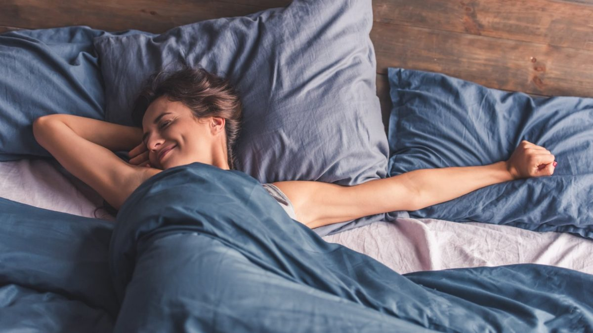 How to sleep properly to avoid wrinkles: 6 simple rules